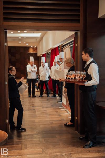 Hotel Metropol Palace / Restaurant 44 Parallel / Beograd / Belgrade