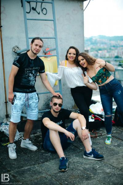 ANDJELA I NADJA - OLA OLE - NOVA PESMA - FOTO: LEON BIJELIC / Panter / Gliga / Anđela / Nađa