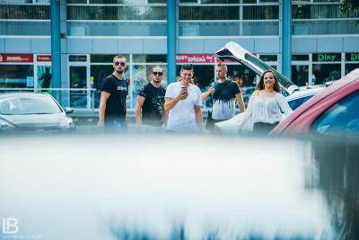 ANDJELA I NADJA - OLA OLE - NOVA PESMA - FOTO: LEON BIJELIC / Filip / Gliga / Panter / Andjela / Zoka