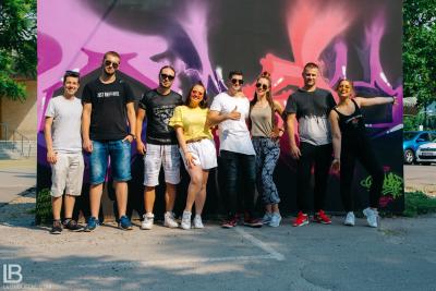 ANDJELA I NADJA - OLA OLE - NOVA PESMA - FOTO: LEON BIJELIC / Filip / Panter / Gliga / Zaga / Zoka