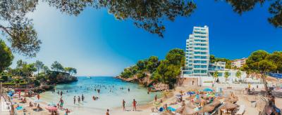 SPAIN: MALLORCA ISLAND / PALMA / PORTO CRISTO / CAVES DEL DRACH / PHOTOS / PHOTOGRAPHS / WALLPAPER / LEON BIJELIC / PHOTOGRAPHY / PHOTOGRAPHER / VOCATION / HOTEL / IBEROSTAR