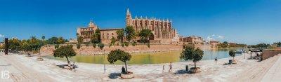 SPAIN: MALLORCA ISLAND / PALMA / PORTO CRISTO / CAVES DEL DRACH / PHOTOS / PHOTOGRAPHS / WALLPAPER / LEON BIJELIC / PHOTOGRAPHY / PHOTOGRAPHER / VOCATION / HOTEL / The Cathedral of Santa Maria of Palma / ARCHITECTURE