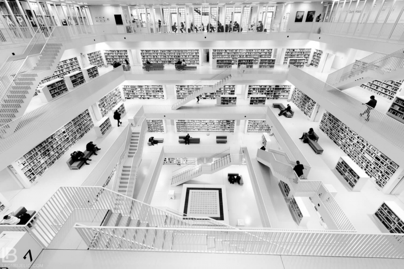 STUTTGART CITY LIBRARY - BIBLIOTHEK - STADTBIBLIOTHEK - BLACK AND WHITE BW PHOTOS - LEON BIJELIC PHOTOGRAPHY - GERMANY