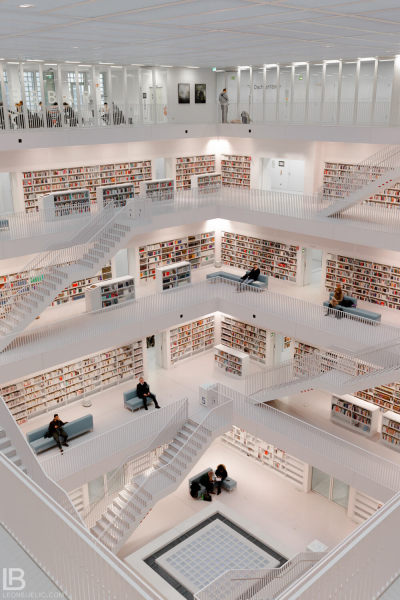 STUTTGART CITY LIBRARY - BIBLIOTHEK - STADTBIBLIOTHEK - COLOR PHOTOS - LEON BIJELIC PHOTOGRAPHY