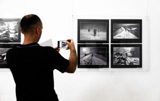 23. KLUPSKA IZLOŽBA FOTOGRAFIJA - BANSKI DVOR - DRAGAN PROLE - MILORAD KASCELANI - IZLOZBA - BANJA LUKA - FOTOGRAF FOTOGRAFIJE - FOTO - UMJETNOST UMJETNIČKA - VLADIMIR TADIC