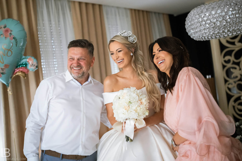 WEDDING BELGRADE - TIJANA I MARKO - LEON BIJELIC PHOTOGRAPHY PHOTOGRAPHER - SERBIA - SRBIJA - BEOGRAD - PARENTS