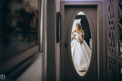 WEDDING BELGRADE - TIJANA I MARKO - LEON BIJELIC PHOTOGRAPHY PHOTOGRAPHER - SERBIA - SRBIJA - BEOGRAD - PHOTO WEDDING DRESS GETTING READY BRIDES