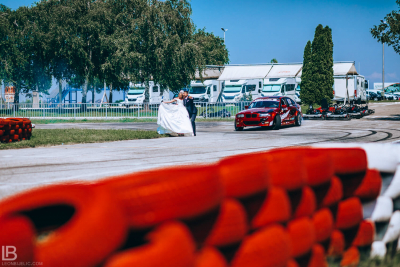 WEDDING BELGRADE - TIJANA I MARKO - LEON BIJELIC PHOTOGRAPHY PHOTOGRAPHER - SERBIA - SRBIJA - BEOGRAD - DARKO GRUJOVIC - AUTOKOMERC KARTING CENTAR