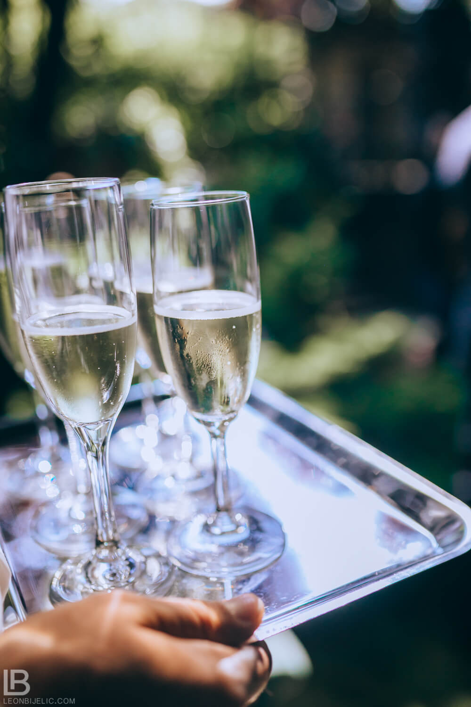 WEDDING BELGRADE - TIJANA I MARKO - LEON BIJELIC PHOTOGRAPHY PHOTOGRAPHER - SERBIA - SRBIJA - BEOGRAD - RESTORAN FRANS FRANŠ - champagne