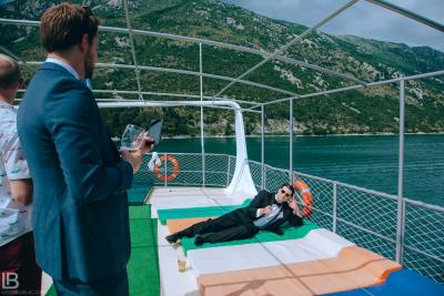 KOTOR WEDDING PHOTOGRAPHER - M&A - HOTEL CATTARO - LEON BIJELIC PHOTOS PHOTO PHOTOGRPAHY - BOKA BAY - MONTENEGRO - WEDDING - CRUISER LUNCH DINNING TOUR - FUNNY MEMBERS PEOPLE