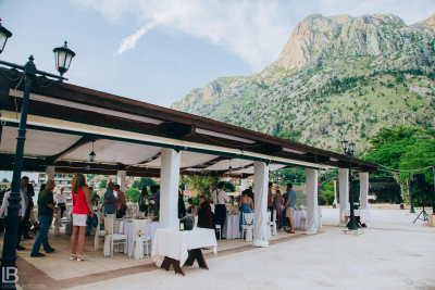 KOTOR WEDDING PHOTOGRAPHER - M&A - HOTEL CATTARO - LEON BIJELIC PHOTOS PHOTO PHOTOGRPAHY - BOKA BAY - MONTENEGRO - WEDDING - IDEAS - FRIENDS FAMILY - DINNER - DINING - LUNCH - RESTAURANT