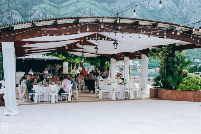 KOTOR WEDDING PHOTOGRAPHER - M&A - HOTEL CATTARO - LEON BIJELIC PHOTOS PHOTO PHOTOGRPAHY - BOKA BAY - MONTENEGRO - WEDDING - IDEAS - FRIENDS FAMILY - DINNER - DINING - LUNCH