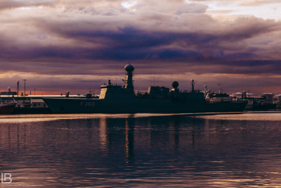 Military Ship Harbour - ICELAND - CITY REYKJAVIK - PHOTOS
